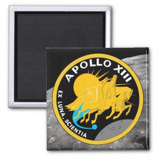Den Apollo 13 NASA-beskickningen lappar logotypen Magnet