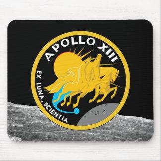 Den Apollo 13 NASA-beskickningen lappar logotypen Musmatta