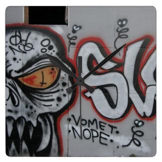 Den Atlanta grafittiväggen tar tid på Fyrkantig Klocka