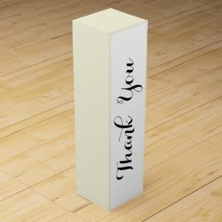 Den beige kicken avslutar kulört presentaskar för vinflaskor