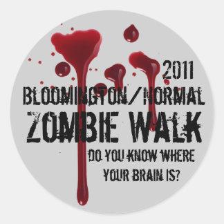 Den Bloomington 2011/det normalazombien går Runt Klistermärke
