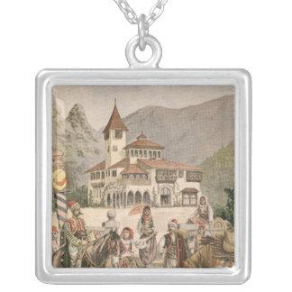 Den bosniska paviljongen på den universella utstäl halsband med fyrkantigt hängsmycke