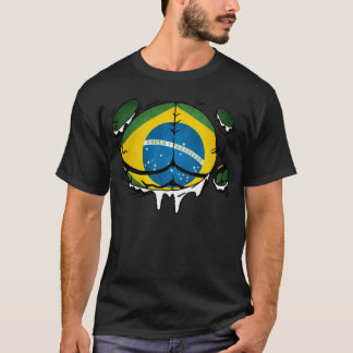 Den Brasilien flagga förkroppsligar rivit sönder Tee