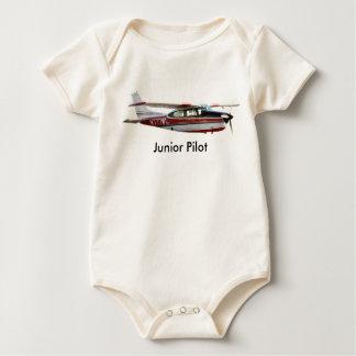 Den Cessna 210 junior Pilot förkroppsligar Sparkdräkt