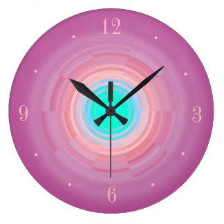 Den dammiga Centre> för grönt för rosaSwirl/Aqua Stor Klocka