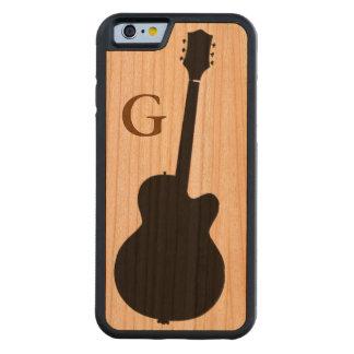 den enkla svart gitarren & märka med sina iPhone 6 fodral i körsbärsträ