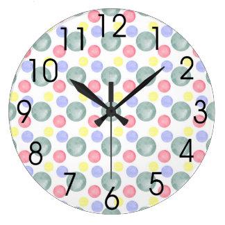 Den färgrika vattenfärgen cirklar mönster stor klocka