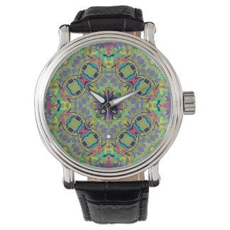 Den Fessenden klockan i många utformar Armbandsur