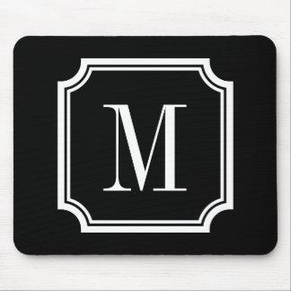 Den flott beställnings- monogrammusen vadderar musmatta