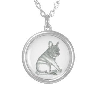 Den franska bulldoggen skissar rundahalsbandet silverpläterat halsband