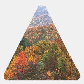 Den frodiga platsen landskap appalachianen triangelformat klistermärke