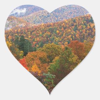 Den frodiga platsen landskap appalachianen Carolin Hjärtklistermärken