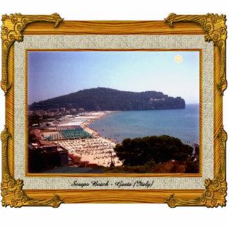 Den Gaeta stranden beskådar prydnaden Cut Outs