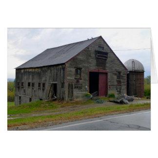 Den gammala New England barden noterar kortet OBS Kort