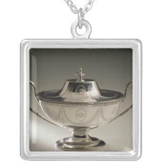 Den George III såstureenen och täcker Silverpläterat Halsband