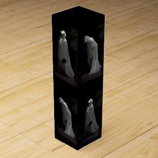 Den gotiska spöken och ghoulsvin boxas vinlåda
