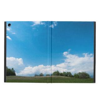 Den gröna backen och blå himmel fodral för iPad air
