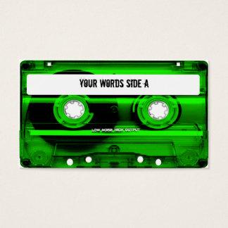 Den gröna kassetten tejpar personlig visitkort