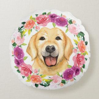 Den gul lab hunden med den blom- kranen kudder rund kudde