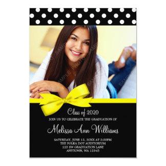 Den gula pilbågepolkaen pricker 12,7 x 17,8 cm inbjudningskort