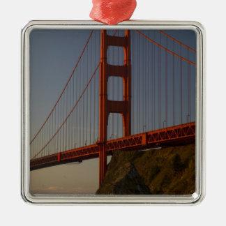 Den guld- grinden överbryggar och San Francisco Julgransprydnad Metall