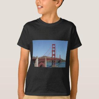 Den guld- grinden överbryggar tee shirt