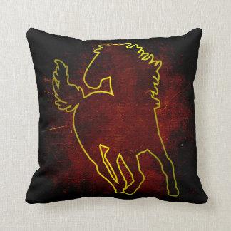 Den guld- hästen kudder kuddar