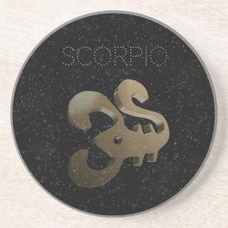 Den guld- scorpioen undertecknar underlägg sandsten