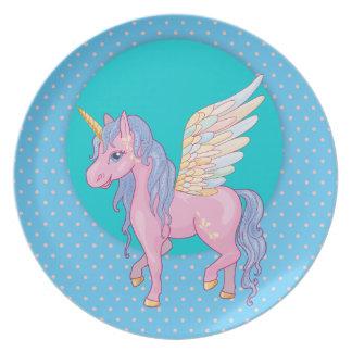 Den gulliga unicornen med regnbågen påskyndar tallrik