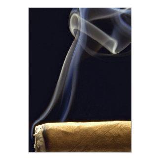 Den härliga cigarren med röker 12,7 x 17,8 cm inbjudningskort