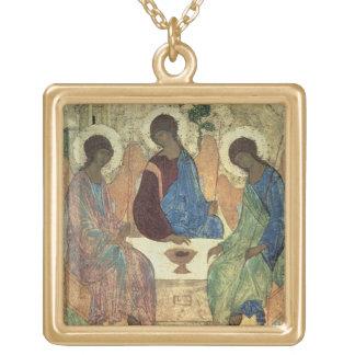 Den heliga trinityen, 1420s (tempera på panel) guldpläterat halsband