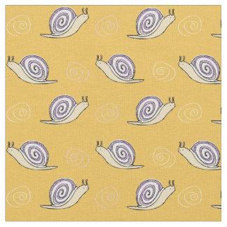 Den illustrerade snigeln och virvlar runt mönster
