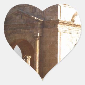 Den Jerash romaren strukturerar Hjärtformat Klistermärke