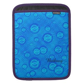 Den Jesus fisken i blått bubblar iPad Sleeve