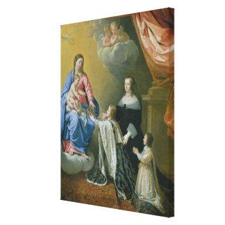 Den jungfruliga Maryen ger kronan och sceptren Canvastryck