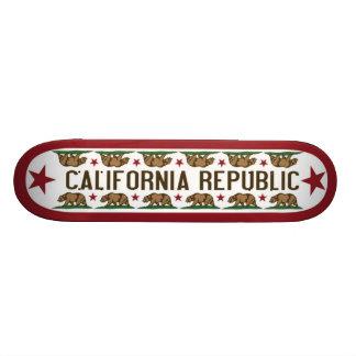 Den Kalifornien skridskon stiger ombord med den Ka Mini Skateboard Bräda 18,5 Cm