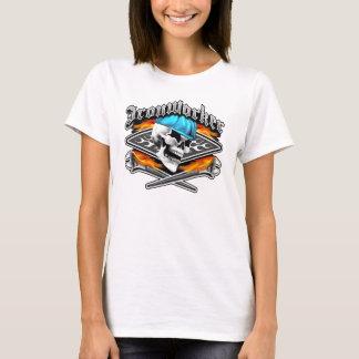 Den korsade skallen och att flamma för Ironworker T Shirts