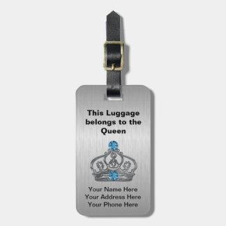 Den kungliga kronan hänger lös märkre bagage lappar för väskor