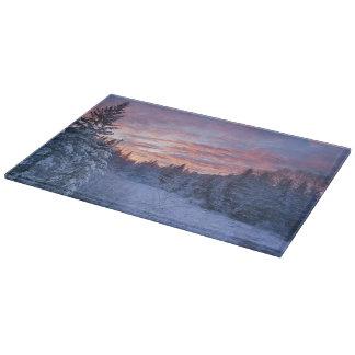 Den livliga solnedgången målar himmlen ovanför win