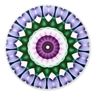 Den ljusa blommakaleidoscopen med krom överdrar knopp