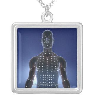 Den ljusa kartan av akupunktur pekar silverpläterat halsband