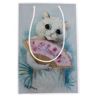 Den Louis Wains katten med rosafläktgåvan hänger