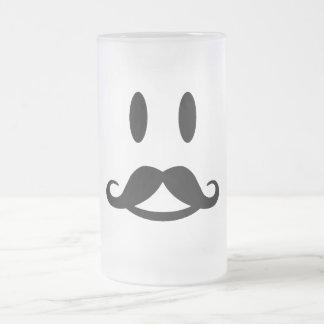 Den lyckliga mustaschSmileymuggen - välj stil Frostad Glas Mugg