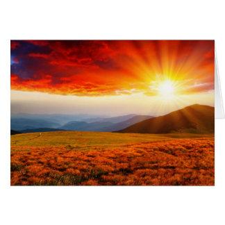 Den majestätiska solnedgången i bergen landskap 5 hälsningskort