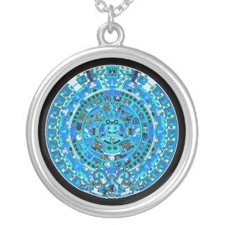 Den Mayan kalendern som avslutar i 2012 - Silverpläterat Halsband
