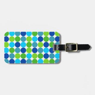 Den moderna blåttgröntpolkaen pricker mönster bagagebricka