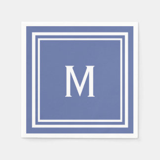 Den moderna snyggten kritiserar blåttmonogramen servett
