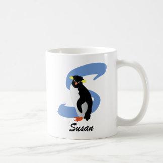 Den Monogrammed pingvinet med namn & märka med Kaffemugg