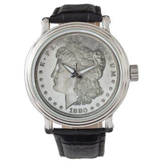 Den Morgan silverdollaren avbildar på Armbandsur