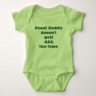 Den motståndskraftiga pappan golf inte hela tiden t-shirt